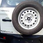 Mahindra TUV300 Plus badge