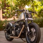 Royal Enfield Classic 500 Matilda by Rajputana Customs front right quarter
