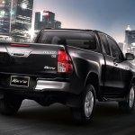 Toyota hilux Revo facelift smart cab rear