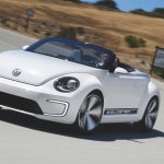 VW E-Bugster concept front three quarters live image