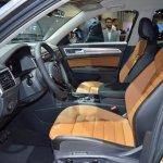 VW Teramont front seats at 2017 Dubai Motor Show.JPG