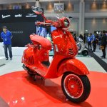 Vespa 946 RED front right quarter at 2017 Thai Motor Expo