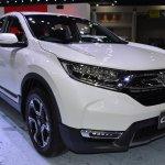 2017 Honda CR-V diesel front three quarters 2017 Thai Motor Expo