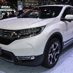 2017 Honda CR-V diesel front three quarters left side 2017 Thai Motor Expo