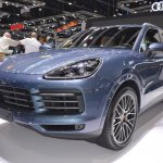 2018 Porsche Cayenne S front three quarters left side at 2017 Thai Motor Expo.JPG