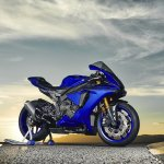 2018 Yamaha YZF-R1 Blue press right side