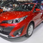 Accessorised Toyota Yaris Ativ front three quarters left side at 2017 Thai Motor Expo
