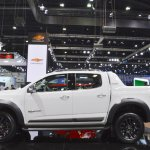 Chevrolet Colorado Centennial Edition profile at 2017 Thai Motor Expo