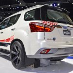 Isuzu MU-X 60th Anniversary edition rear three quarters at 2017 Thai Motor Expo