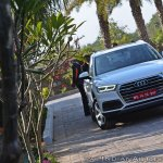 2018 Audi Q5 test drive review front angle view