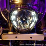 2018 Bajaj Avenger 220 Cruise unveiled headlight
