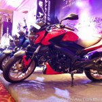 2018 Bajaj Dominar 400 unveiled red left side
