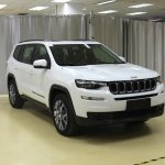 2018 Jeep Grand Commander Longitude front three quarters