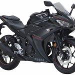 2018 Yamaha YZF-R25 Black press front right quarter