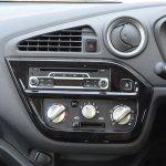 Datsun redi-GO 1.0 MT Lime centre console