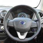 Datsun redi-GO 1.0 MT Lime steering wheel