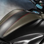 Ducati Diavel Carbon press fuel tank
