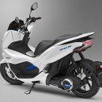 Honda PCX Electric rear left quarter