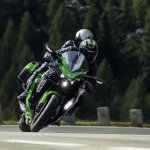 Kawasaki Ninja H2 SX SE press front action
