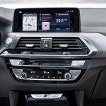 2018 BMW X4 (BMW G02) centre console