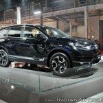 2018 Honda CR-V front three quarters right side at Auto Expo 2018