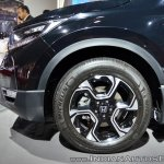 2018 Honda CR-V wheel at Auto Expo 2018