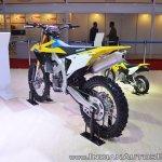 2018 Suzuki RM-Z450 rear left quarter at 2018 Auto Expo