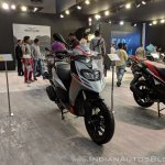 Aprilia SR 125 front right quarter at 2018 Auto Expo
