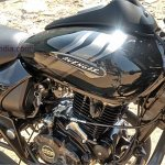 Bajaj Avenger 180 Street spied again Black fuel tank