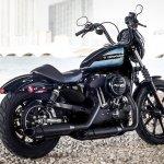 Harley-Davidson Iron 1200 rear right quarter press