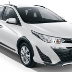 Toyota Yaris Cross Glacier White