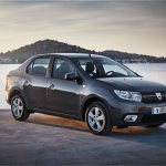 2017 Renault Logan front three quarters scenic