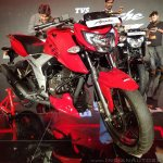 2018 TVS Apache RTR 160 4V India launch Red front