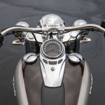Harley-Davidson Deluxe press cockpit