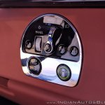 Rolls Royce Phantom VIII headlight controls