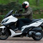 2017 KYMCO Xciting 400i press left side