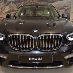 2018 BMW X3 Black Sapphire front