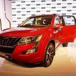 2018 Mahindra XUV500 facelift front angle