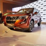 2018 Mahindra XUV500 facelift front front angle view
