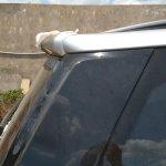 2018 Mahindra XUV500 facelift rear spoiler