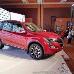 2018 Mahindra XUV500 facelift side angle