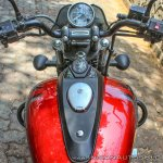 Bajaj Avenger 180 Street test ride review cockpit