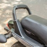 Bajaj Avenger 180 Street test ride review grab rail