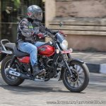 Bajaj Avenger 180 Street test ride review right side action