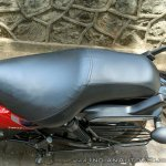 Bajaj Avenger 180 Street test ride review seat