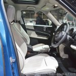 MINI Countryman front seats