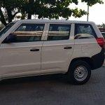 Mahindra TUV300 Plus entry level trim side view