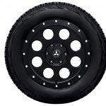 Mitsubishi Pajero Final Edition 3-door wheel