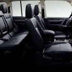 Mitsubishi Pajero Final Edition 5-door leather seats