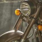 Royal Enfield Classic 500 Pegasus Limited Edition headlamp
